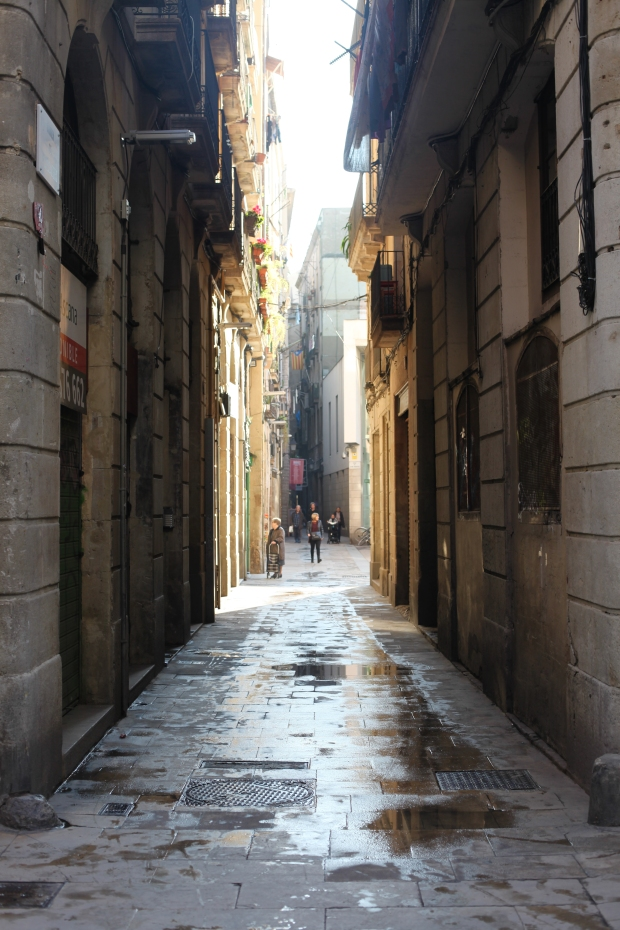 Narrow streets of central Barcelona city.